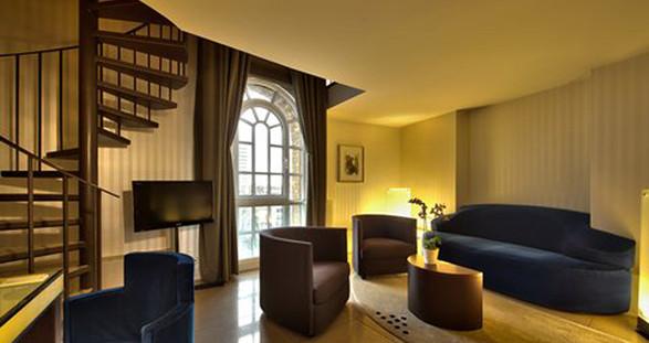 Das süße Leben mit Escort Service Köln und dem Hotel im Wasserturm.