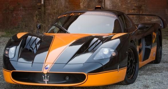 Perfektion: der Maserati MC 12 und unser VIP Escortservice