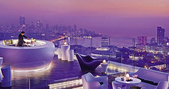 Himmlischer Escortservice in der Aer Bar Mumbai
