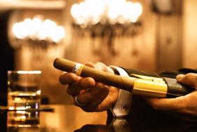 Cohiba Zigarren und VIP Escortservice – la dolce Vita!