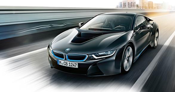 Der neue BMW i8 und unser High Class Escort Service – eine Kombination, die Ihren hohen Ansprüchen leicht gerecht wird.