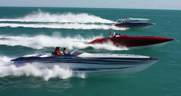 Der Miami Boat Show Poker Run bietet das ideale Setting für einen heißen Escortservice!