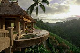 Ihr Escort Date im Luxusresort Viceroy Bali