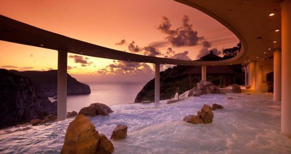 VIP Escortservice Ibiza im Hotel Hacienda Na Xamena