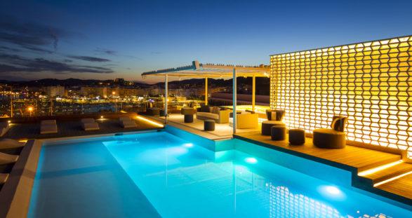 Hotel Aguas de Ibiza mit Luxus Escort Ibiza