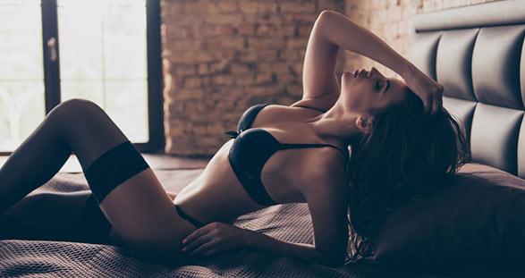 Sexy Teilzeit Escort im Hotel