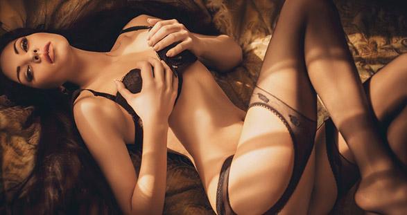Escort Model in sexy Dessous in Luxemburg